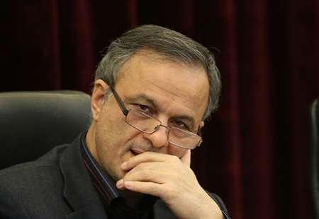 رفتن علیرضا رزم حسینی به مشهد شایعه است
