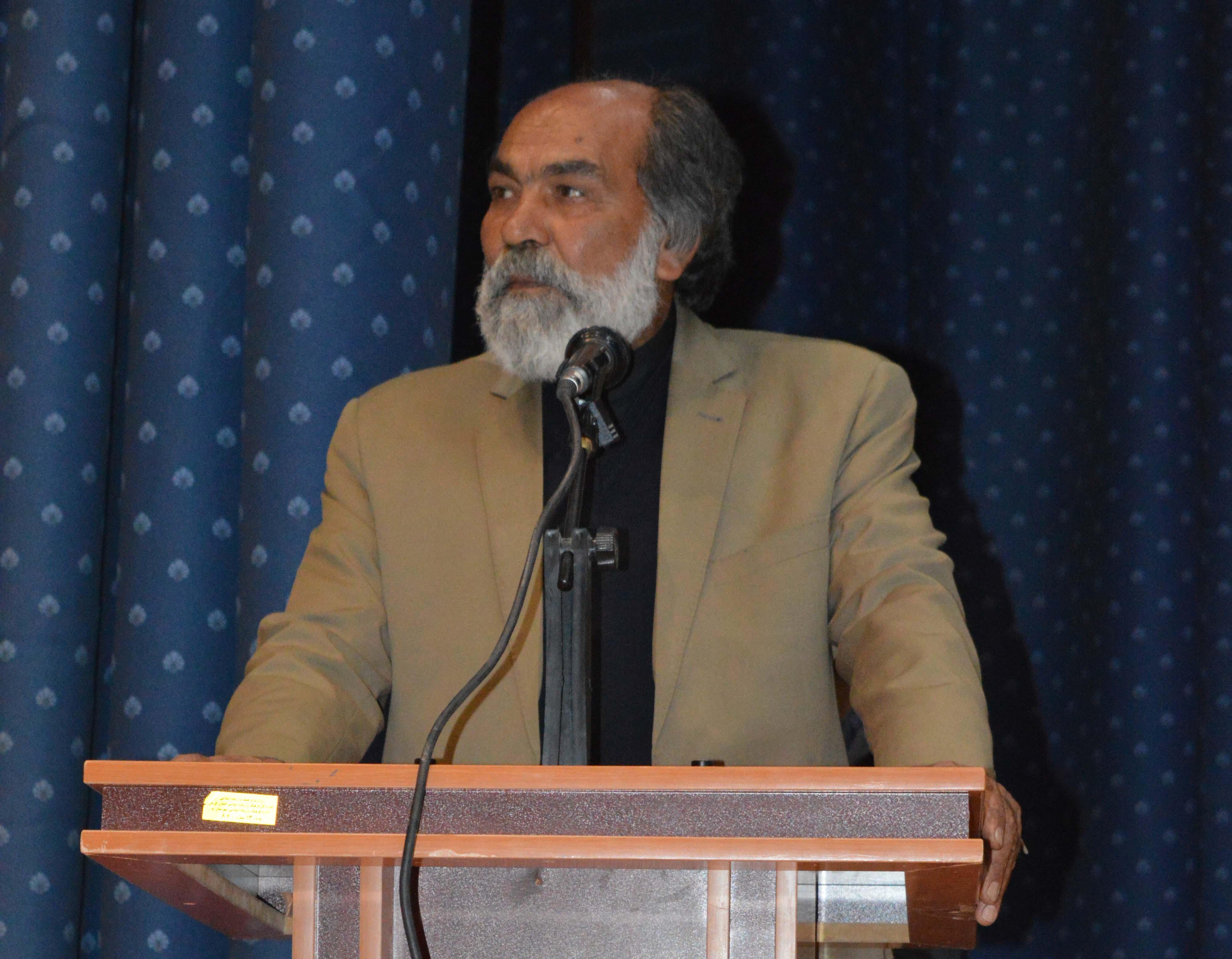 حاج علی طاهریان به عنوان کارشناس و مشاور عالی و ارشد شورای اسلامی و شهرداری دارالصابرین بم انتخاب شد