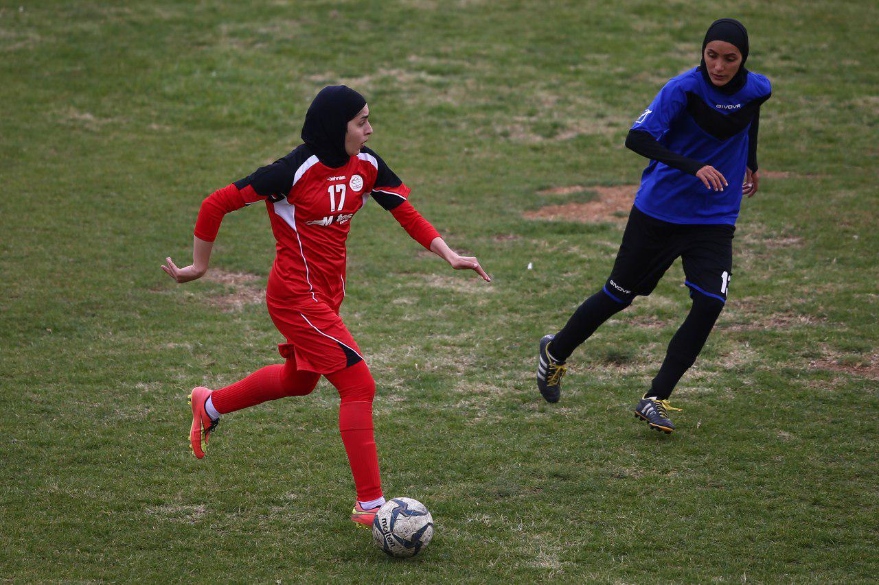 جدال بم، راه یاب ملل و سپاهان برای تصاحب صدر جدول فوتبال بانوان