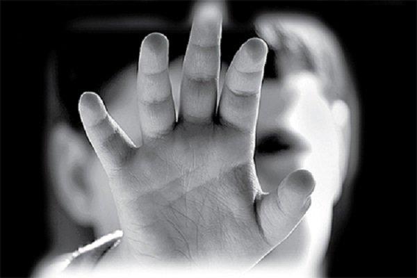وقوع ۴۷ مورد کودکآزاری/۱۲۲۰نفر مستمری بگیر بهزیستی رفسنجان هستند
