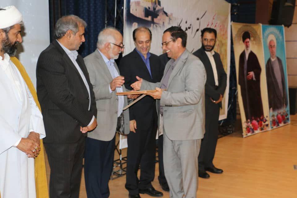 گزارش مراسم تکریم دکتر مکارم ومعارفه دکتر عباس زاده به عنوان رئیس جدید دانشگاه علوم پزشکی بم