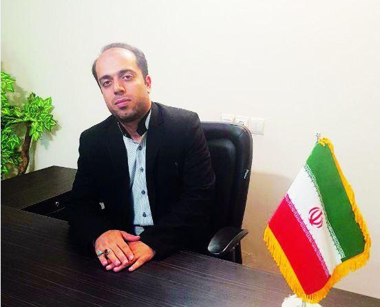 گفت و گو با علی غلامی مدیرعامل انجمن حمایت زندانیان بم که ۲۰۰ خانواده زندانیان بی بضاعت را تحت پوشش دارد