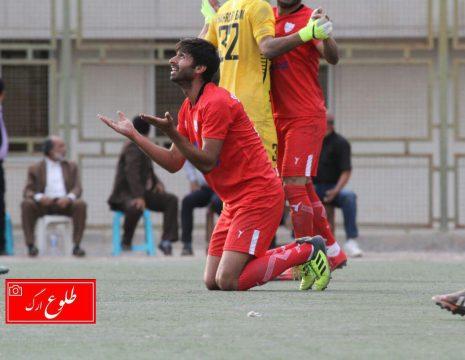 <h5>گزارش تصویری مسابقه فوتبال شهرداری بم -شهرداری همدان</h5><br><div> ... </div>