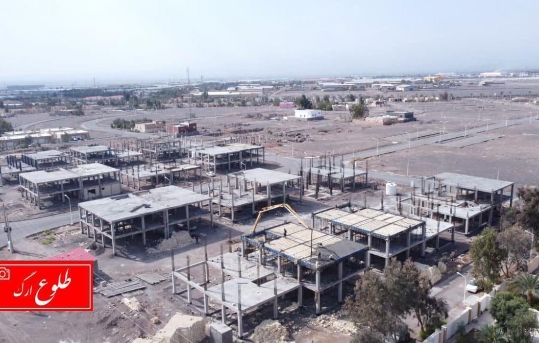 گزارش تصویری از عملیات بتنریزی واحدهای ویلایی-دوبلکسی گروه مسکن و ساختمان انبوه سازان بهار در ارگ جدید