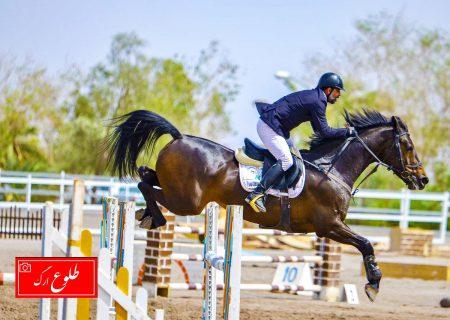 گزارش تصویری از مسابقات دیدنی سوارکاری و پرش با اسب در مجموعه سوارکاری ارگ جدید بم